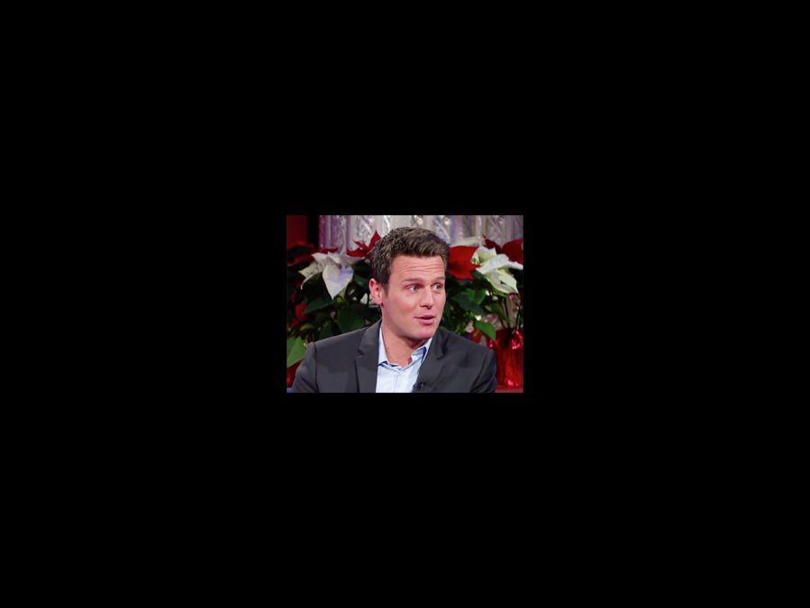 WI - Jonathan Groff - square - 12/15